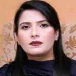 neelam malik urdu columnist writer
